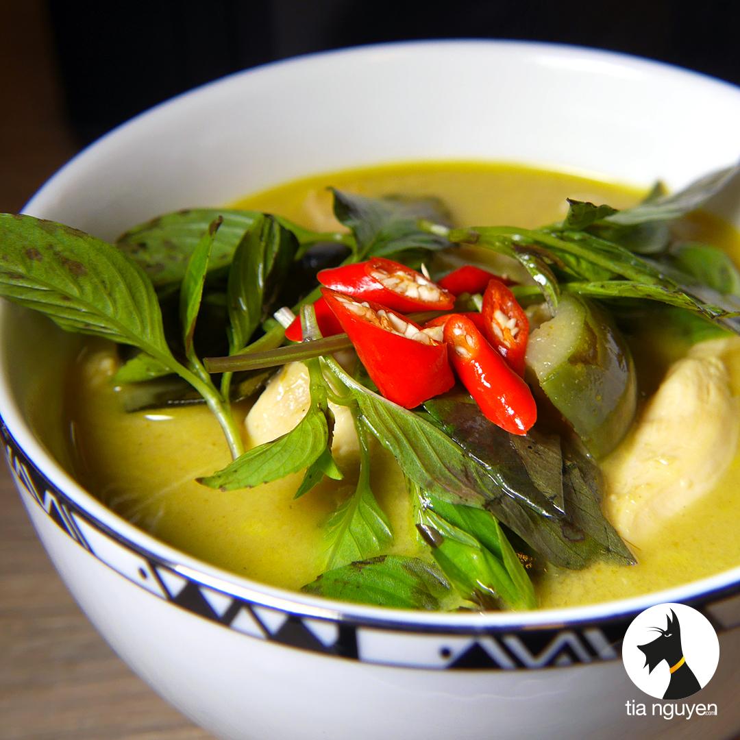 Poulet thai au curry vert cook expert recettes - Cuisine thai poulet curry vert ...
